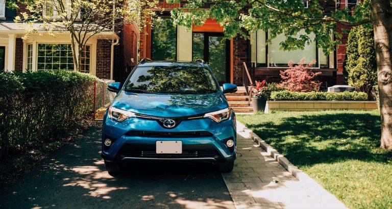2019-Toyota-Rav4-Hybrid-Winnipeg